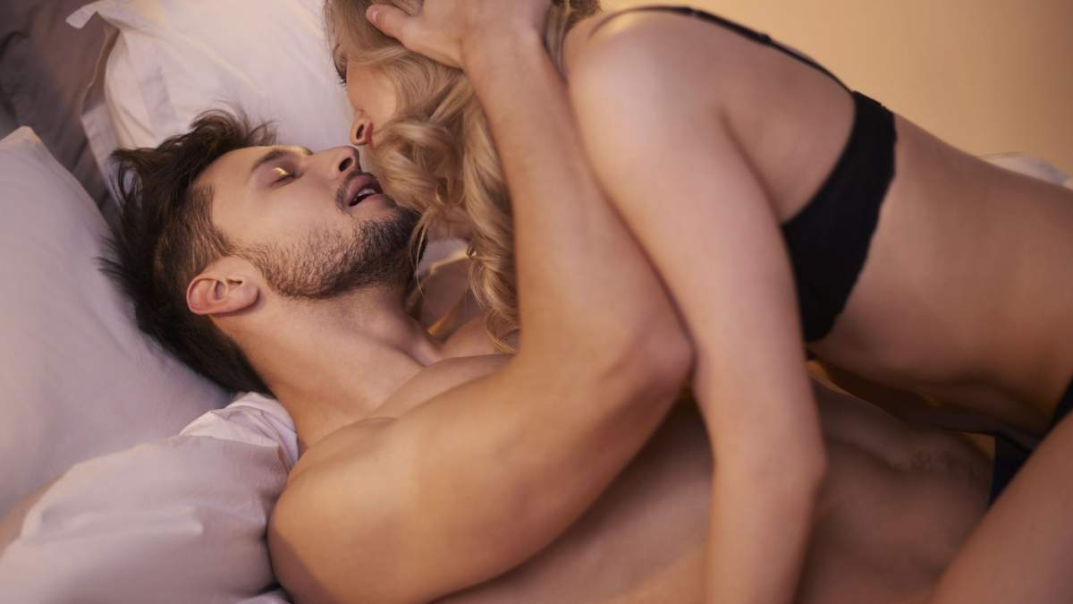 Як займатися тихим сексом вночі: прості правила