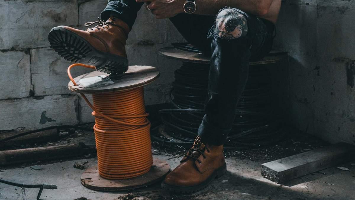 Осіннє чоловіче взуття: як вибирати та з чим носити