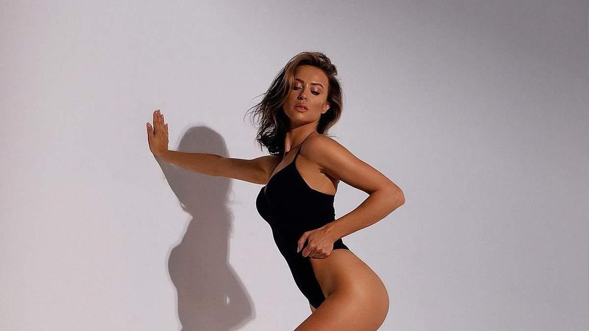 Модель Віка Маремуха знялася повністю оголеною: гаряче фото