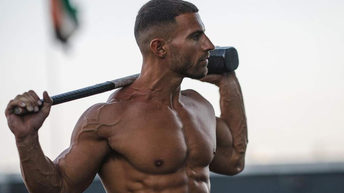 Бодибилдер выполнил упражнения для олимпийских гимнастов – видео