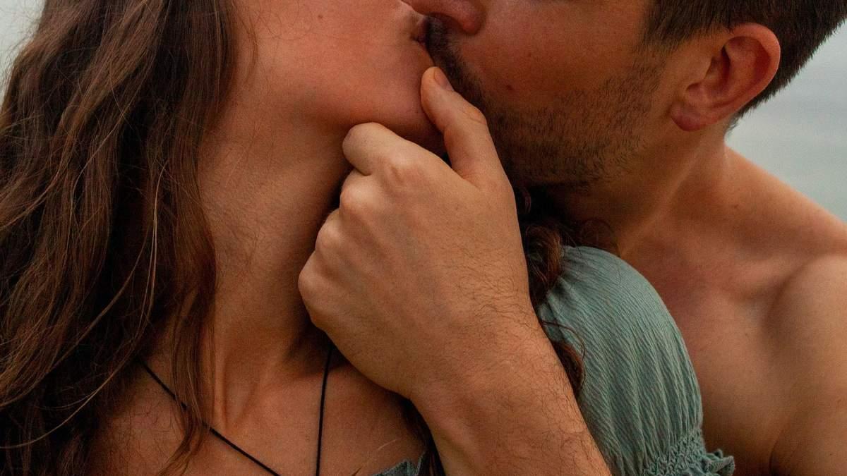 Популярні жіночі секс-фантазії – про що жінки мріють у ліжку