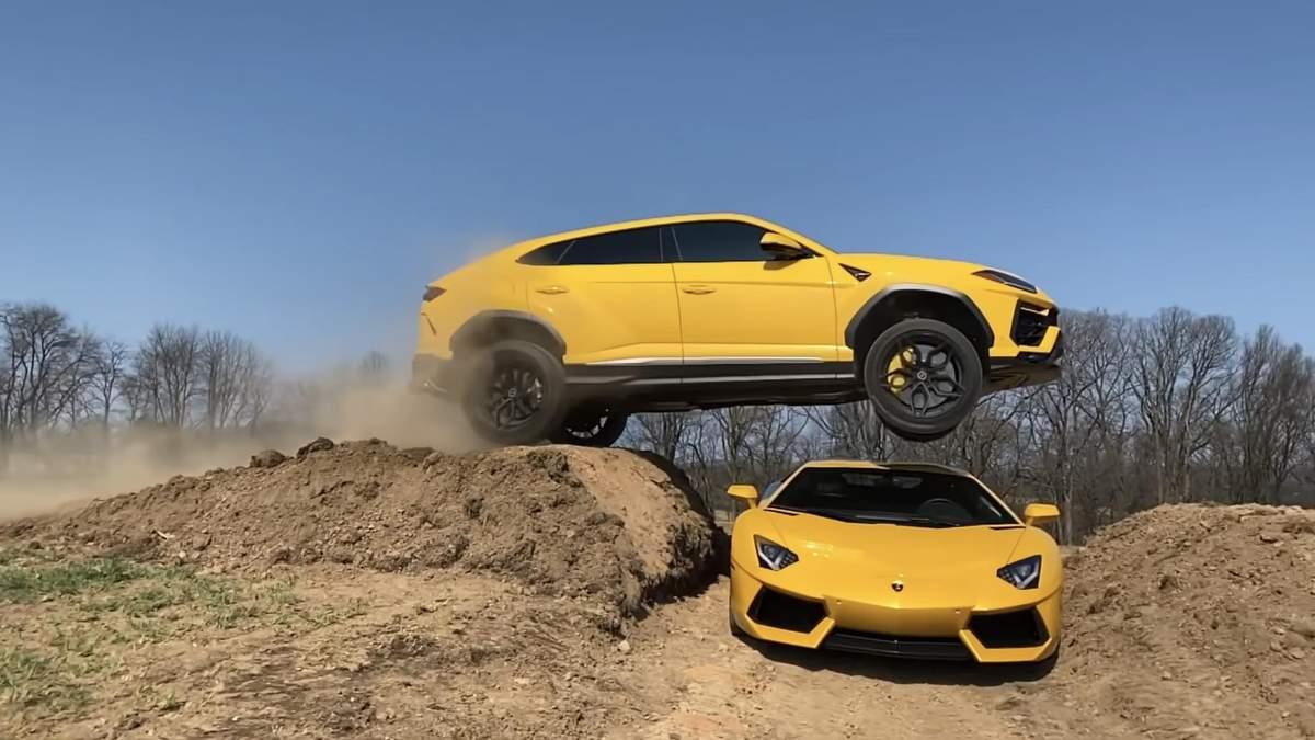 Блогер перестрибнув через Lamborghini Avendator на кросовері Urus: відео божевільного трюку