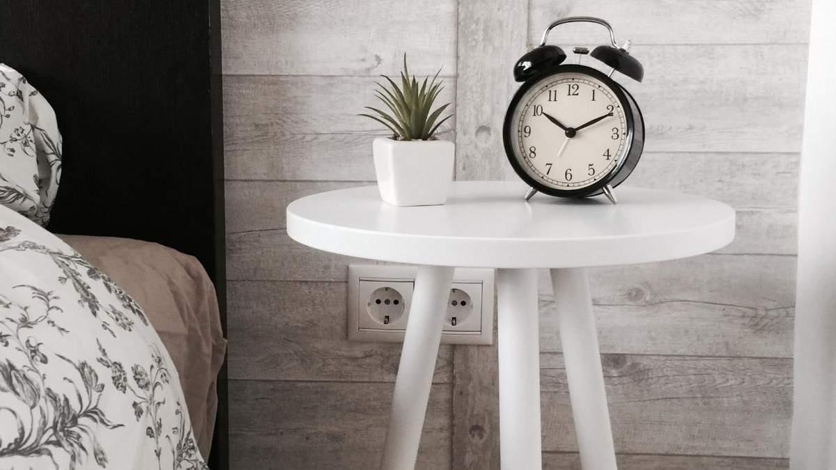 Учені розповіли, як перестати ненавидіти будильники: достатньо однієї зміни
