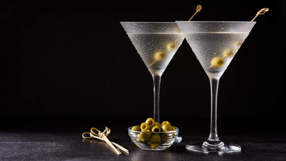 Международный день коктейлей: любимые напитки Джеймса Бонда и Лебовски