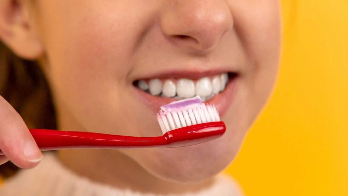 Чи шкідливо для людини – їсти зубну пасту