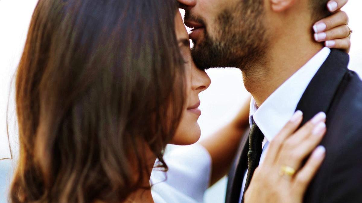 Як жінка може розпізнати чоловіка, який добре цілується