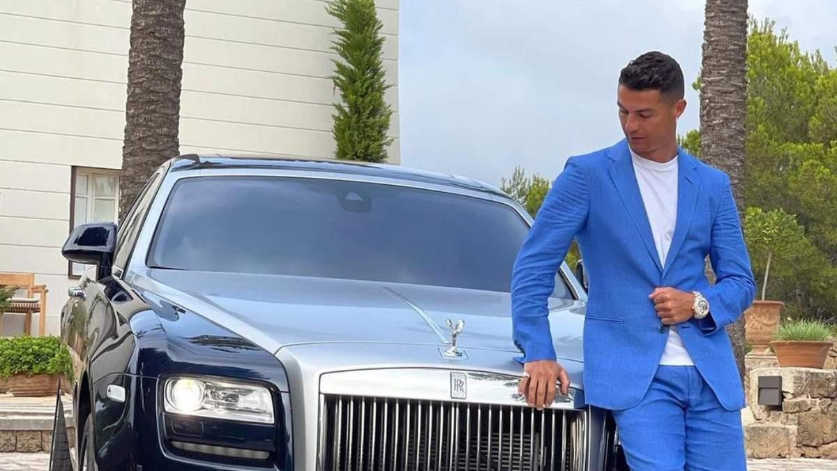 Криштиану Роналду похвастался Rolls Royce за 500 тысяч евро: фотофакт