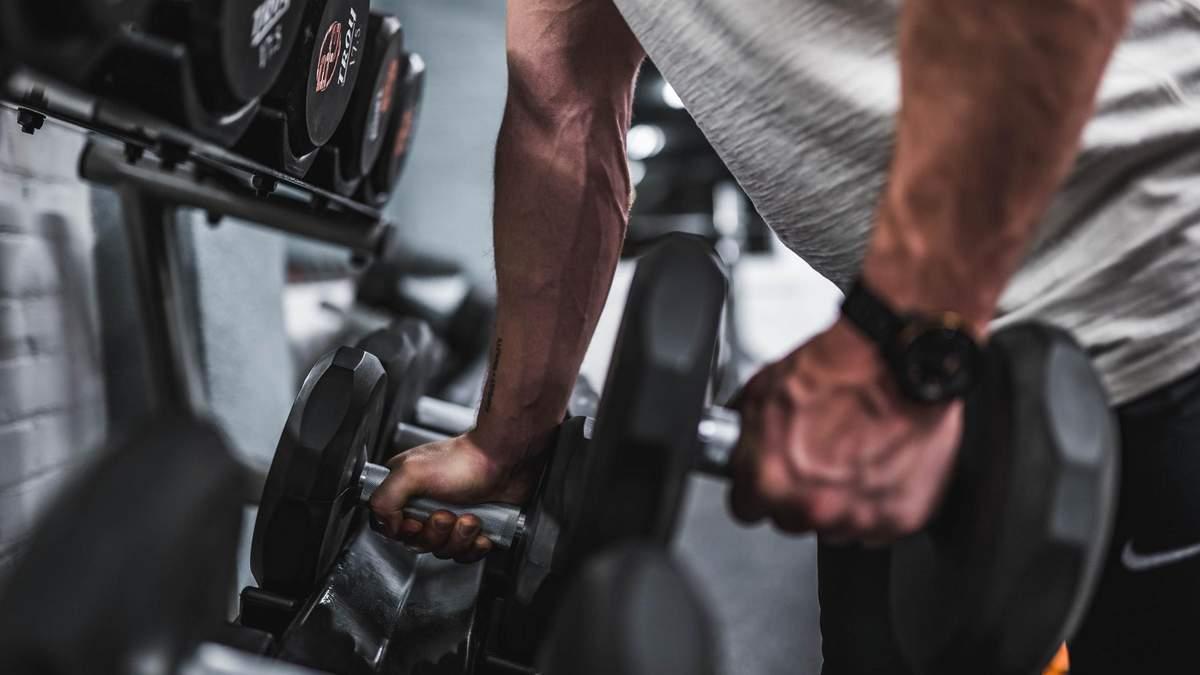 Атлет поделился крутой 7-минутной тренировкой, которая помогает нарастить мышцы - Men