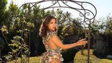 Спокуслива фітнес-модель розбурхала мережу у прозорій сукні: гаряче фото