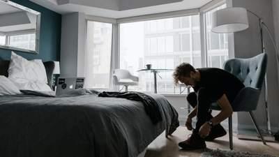 Чоловіче, ніколи не тримай ці речі у спальні: поради експерта з етики