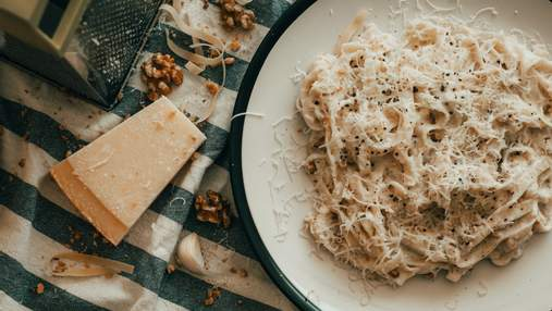 Ідеально для холостяка: 4 способи смачно приготувати макарони