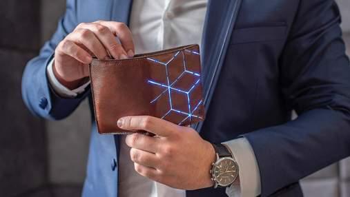Єдині 5 речей, які мають бути у гаманці кожного джентльмена