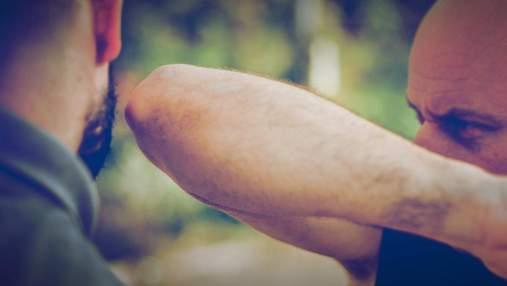 Самооборона простыми словами: три эффективных удара локтем